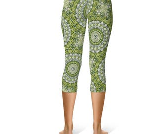 Capris - Green Printed Yoga Pants, Abstract Green Snake Mandala Pattern Leggings, Stretchy Leggings Tights