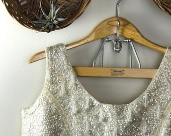 Women's 100% Wool Ivory Beaded Sleeveless Crop Top Made in British Crown Colony of Hong Kong Size 36