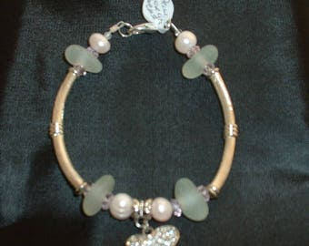 Pearl and Sea Glass Bracelet.