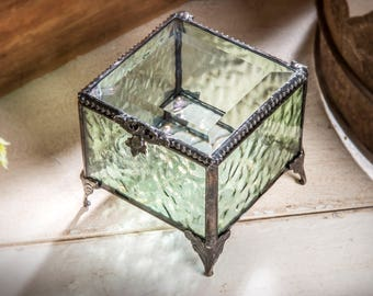 Green Glass Jewelry Box Stained Glass Keepsake Box Wedding Bridesmaid Gift for Her Vintage Home Decor Trinket Box Gift for Teen Box 836