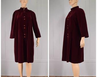 Vintage Womens Dark Wine Velvet Button Front Swing Coat with Mandarin Collar | Size M