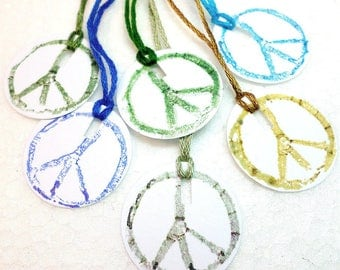 Peace Symbol Tags, 70s Motif Gift Tags, 60s Flower Child Peace Sign Tags, Mini Round Blank Handmade Product Tags, Small Craft Display Tags