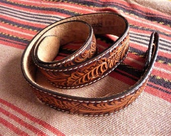 "Western Belt ** Top Grain Saddle Leather***  Old 32"" Fashion Accessory"
