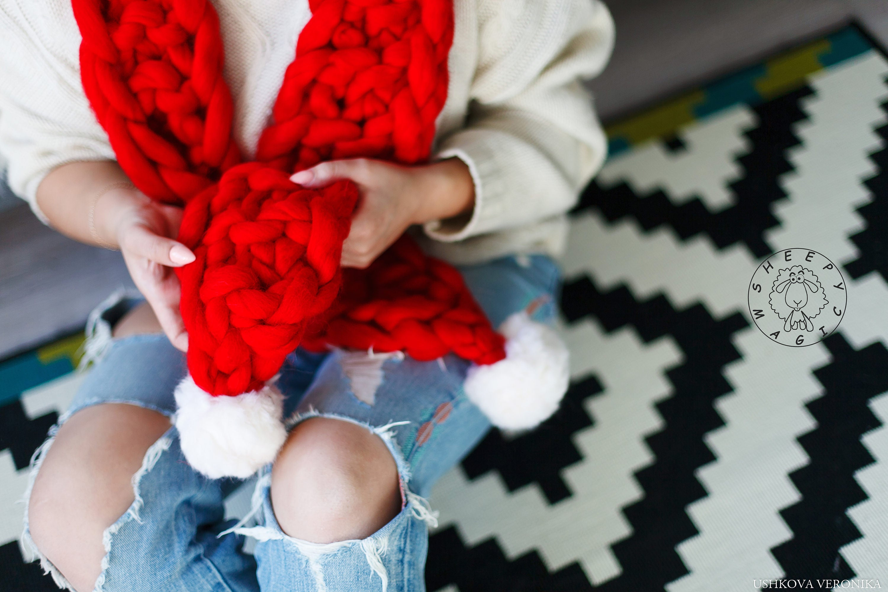 Santa scarf, Christmas scarf, Jingle Bell scarf, Super chunky scarf ...