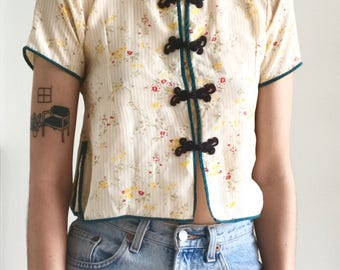 Vintage 60s Floral Mandarin Blouse, Frog Closures, Asian Inspired, Chinoiserie