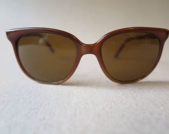 Vintage Pouilloux Vuarnet 002 Womens Sunglasses.  1980's.  Cat Eye.  Made in France.