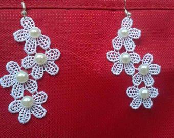 Lace Earrings, Handmade White Earrings, Lace Jewelry, Bridesmaids Earrings, Wedding Jewellery, Gift for Her, Flower Lace Earrings
