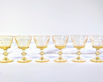 Vintage yellow liquor glasses/ Vintage mid century glasses/ Yellow glasses/ Yellow liquor glasses/ Vintage glasses with stem