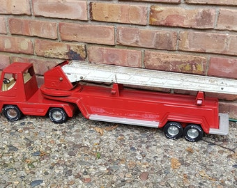 Metal Toy Truck~Aerial Hook and Ladder Fire Truck by Nylint~Retro Metal Fire Engine~Collectible Firehouse Toy