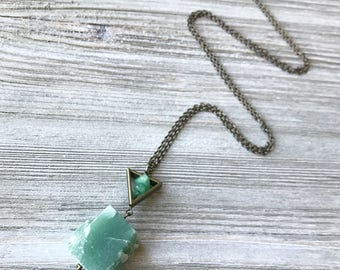Raw Aventurine Pendant Necklace // Long Necklace // Natural Stone Necklace // Raw Stone Necklace // Green Stone Necklace // Unique Necklace