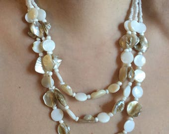 Mother of pearl shell necklace, 70s, beaded necklace, chunky necklace, *vintage*