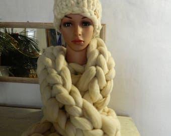 White Merino Scarf Hat Set. Chunky Pom Pom Beanie. Oversize Long Knit Scarf. Winter Giant Knit Set. Gift for Women. Valentine's day gift.