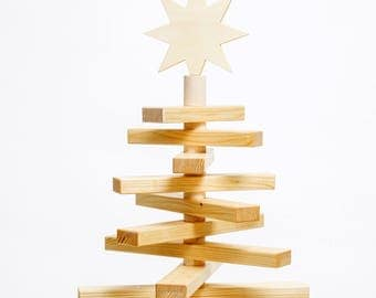 Wooden Christmas tree to the Selberschmücken (social + regional production)