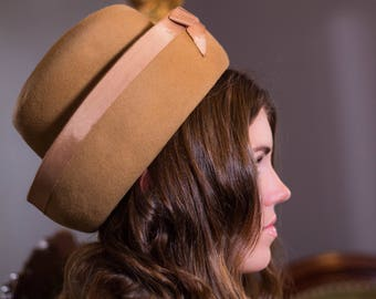 Vintage Hat// Tan// 1960s
