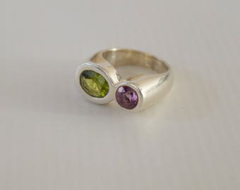 Elegant Sterling Silver with Genuine Peridot and Amethyst Ring. Size.6 1/2