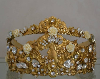 "Crown ""Aphrodite"" with earrings"