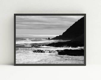 Pacific Ocean Wave Wall Art - Oregon Coast Wall Art - Black and White Ocean Printable Wall Art - Beach Print Wall Art - Digital Art Download