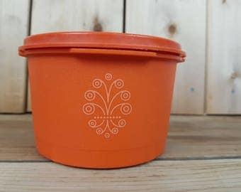 Vintage Tupperware 70s Orange Servalier Bowl Starbust Orange Lid Food Storage Container Canada Mod Retro Kitchen Home Decor Farmhouse