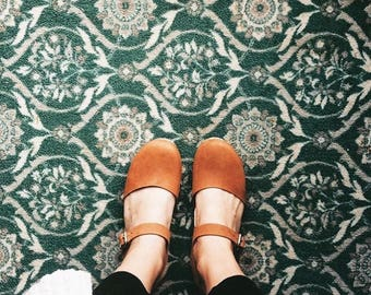 Swedish Clogs Low Wood Brown Oiled Leather by Lotta from Stockholm / Wooden Clogs / Sandals / Low Heel / Mary Jane Shoes
