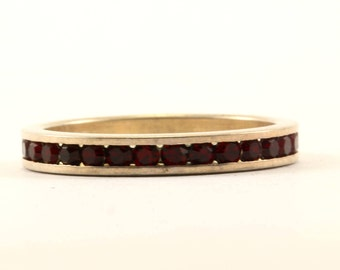 Vintage Eternity Design Red Crystal Band Ring 925 Sterling RG 1618