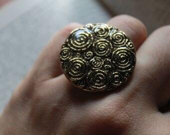 Golden spiral ring