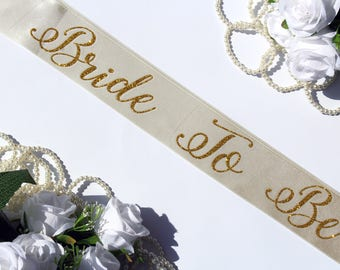 Bachelorette sash, Gold glitter bridal sash, Bride to be sash, Wedding party accessories, Hen night sash, Bridal party gift, Plus size Sash
