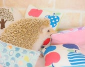 Pillows/toy/hedgehog/hedgehog bed/guinea pig toy/ferret toy/small animal/pet toy/pillow/guinea pig pillow/hedgehog pillow