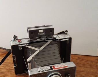 Polaroid Land Camera Automatic 100 (C. 1963 - 1966)
