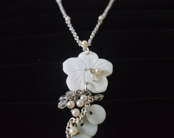 white flower necklace silver with chain