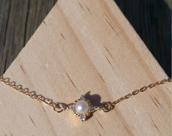 Sale! Tiny fresh water pearl with 14k gold filled chain bracelets handmade jewellery