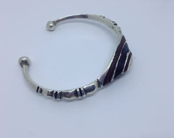 Vintage silver ebony Tuareg bangle
