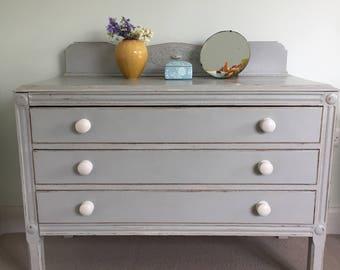 Pretty Victorian Three-Drawer Chest of Draws/Dresser in Grey