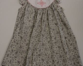Little Girl's Size 3 Dress Gray with pink embellishments