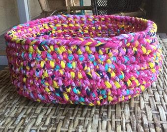 Pet Bed - Hot & Bubble Gum Pink