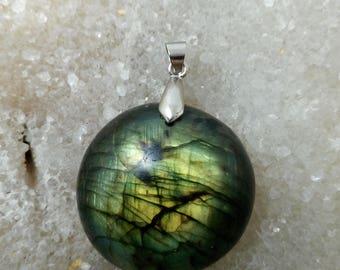 LABRADORITE green 22.34 Gr-round pendant