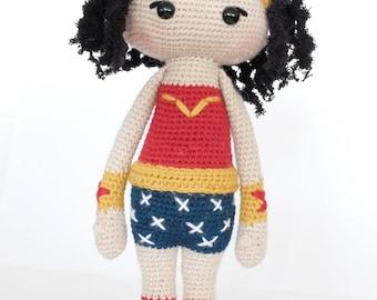 Wonder woman in wool / Wonder Woman Amigurumi