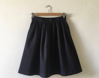 Denim skirt to 7 folds