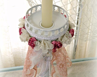 Amour de Roses - Shabby Chic Candle Holder with Lace and Crystals