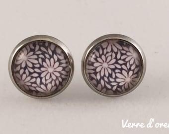 Earrings glass cabochon flowers