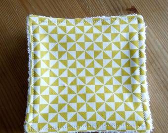 washable wipes, yellow and white graphic