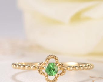 Flower Ring Unique Engagement Ring Floral Tsavorite Ring Gold Beaded Antique Clover Lucky Friendship Eternity Anniversary Solitaire Women