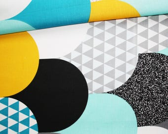 Fabric large scales, triangles, 100% cotton 50 x 160 cm, motif Flake turquoise