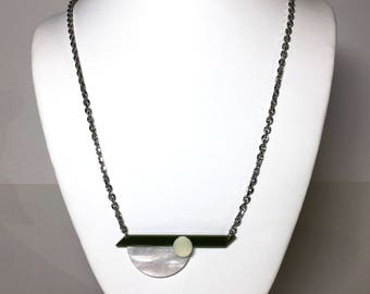 Green, Pearlescent, Cream Pendant
