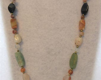 Vintage Multi Colored Polished Stone Necklace