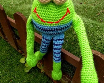 Crochet frog toy, Green frog , Amigurumi, Frog toy