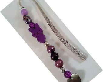 "Bookmark ""Vine"", approx. 122 x 12 mm, altsilberfarben with purple beads and a heart of stainless steel and a turquoise rabbit"