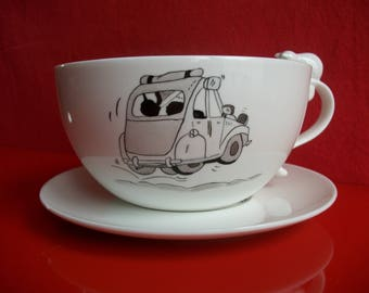 """Breakfast: large bowl and saucer in Limoges porcelain, decorated by hand with a """"2CV"""""""