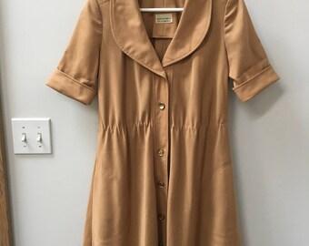 RARE vintage dress // worker's dress // beige // made in US