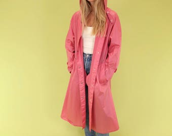 Gorgeous pale pink lightweight vintage long rain jacket with hood SIZE M