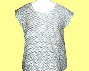 T-shirt or blouse cotton cubes